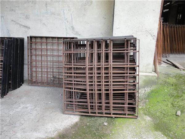 水泥钢钎维12betcom井盖